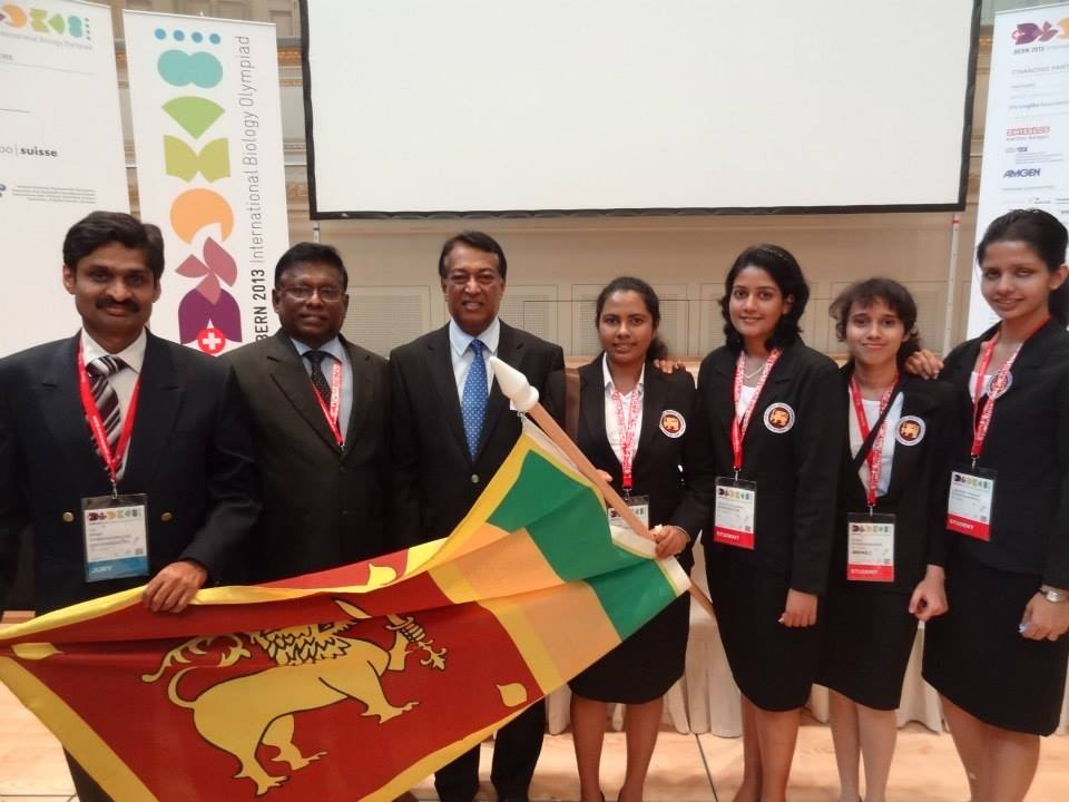 Prof Hiran Amarasekera, Prof Jayantha Wijeyaratne, Ambassador Mr. Sarath Kongahage, Sara Kapukotuwa, Melanie Senevirathna, Shaamali Gunawardena and Wasana Kodithuwakku